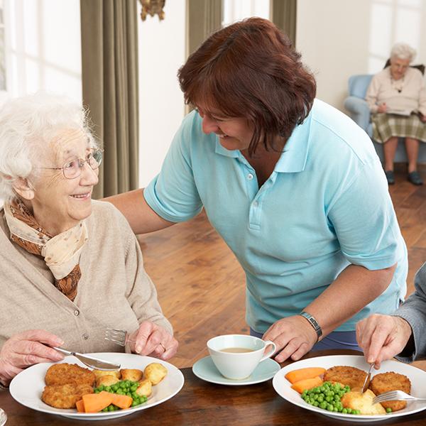 Des services de qualité pour les résidents d'un établissement pour personnes âgées à Limoges | Résidence Faugeras